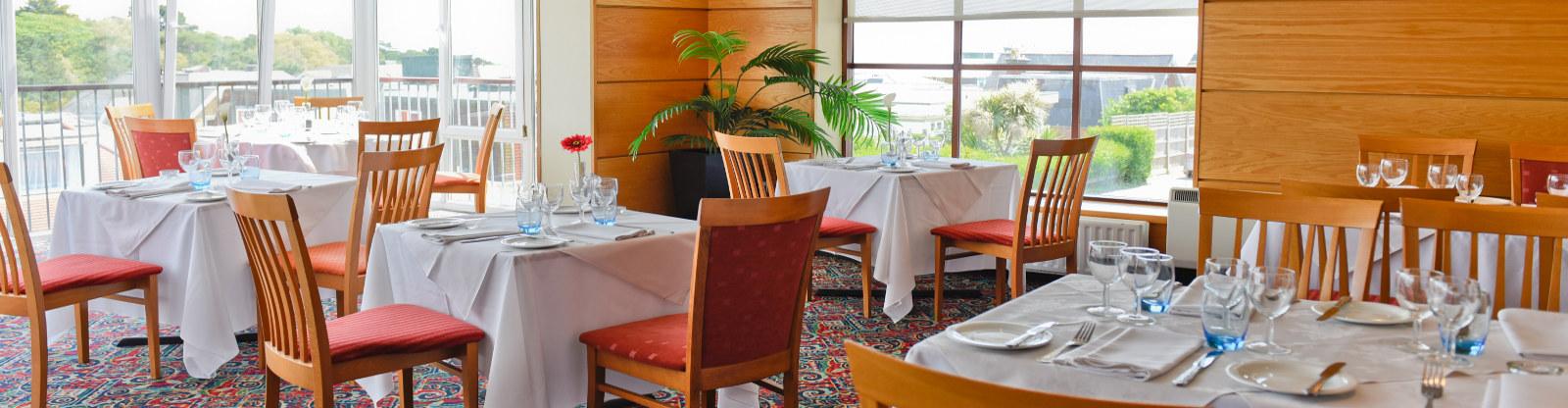 restaurant-bar-riviera-hotel-bournemouth