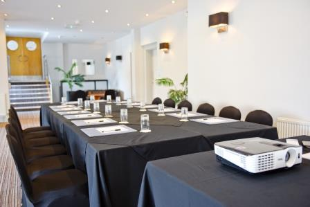 Key Factors You Need to Consider When Choosing Your Businesses Conference/Meeting Venue